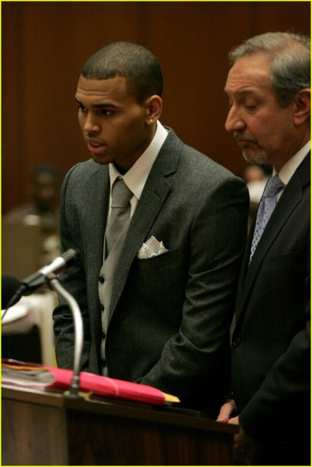 chris-brown-court-05